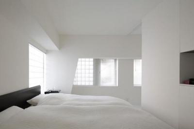 寝室 (ROOM407)