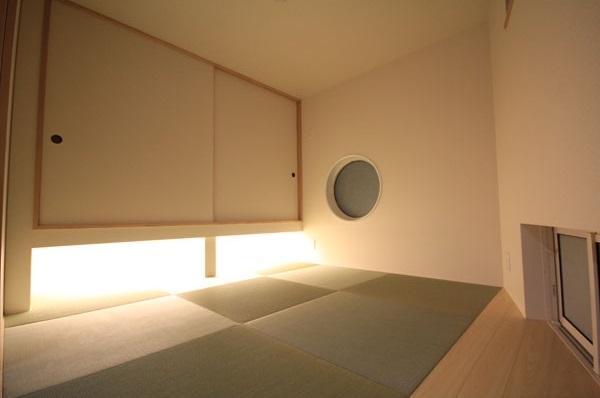ロフトでつながる家の部屋 和室