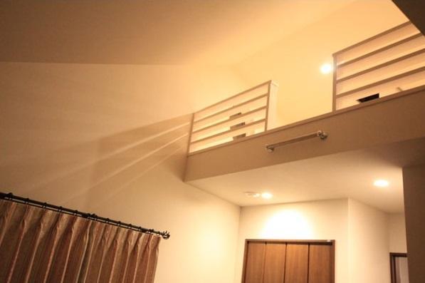 ロフトでつながる家の部屋 ロフト