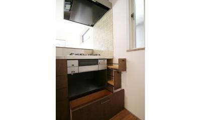 西堀の家-和モダンスタイル- (キッチン収納)