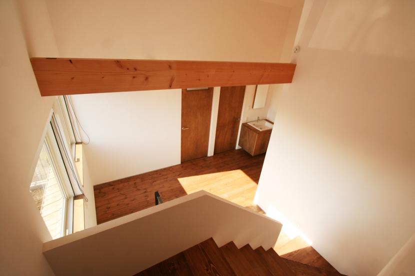 シンプルかわいい 古谷上の家の写真 階段スペース