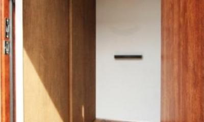 岸町の家 -oneself style- (玄関(内))