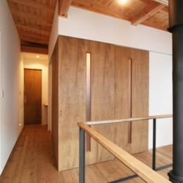 岸町の家 -oneself style- (多目的スペース(閉))