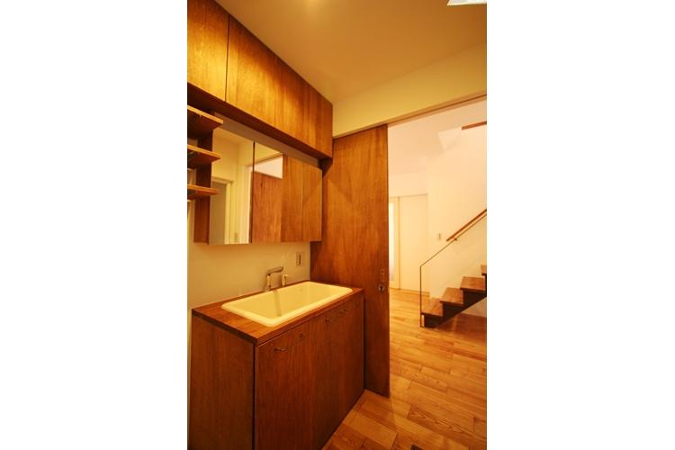 可能性の家 芝の家の部屋 洗面所