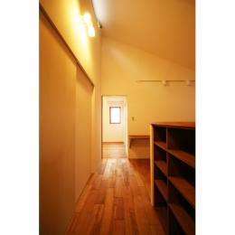 可能性の家 芝の家 (廊下)