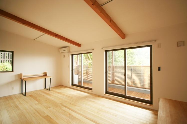 可能性の家 芝の家の部屋 リビング