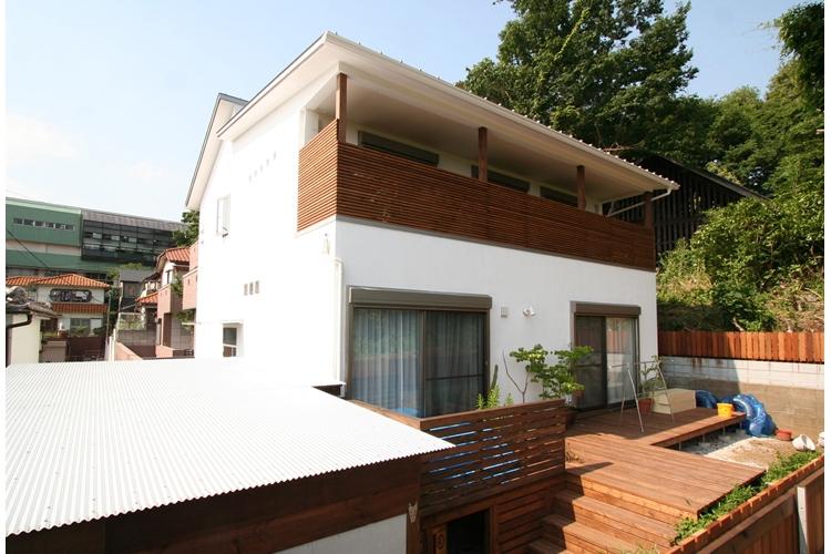 可能性の家 芝の家の部屋 外観(テラス側)