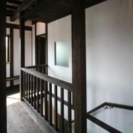 階段(上部)廊下