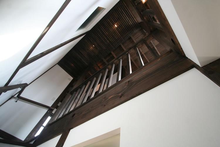 創る・育てる・楽しむ住まい 東大宮の家 (階段天井)