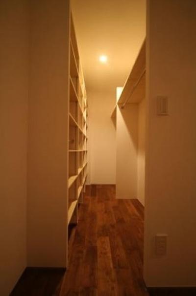 収納部屋 (シンプルに暮らす 三室の家)