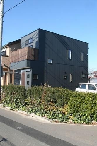 シンプルに暮らす 三室の家 (外観(側面))