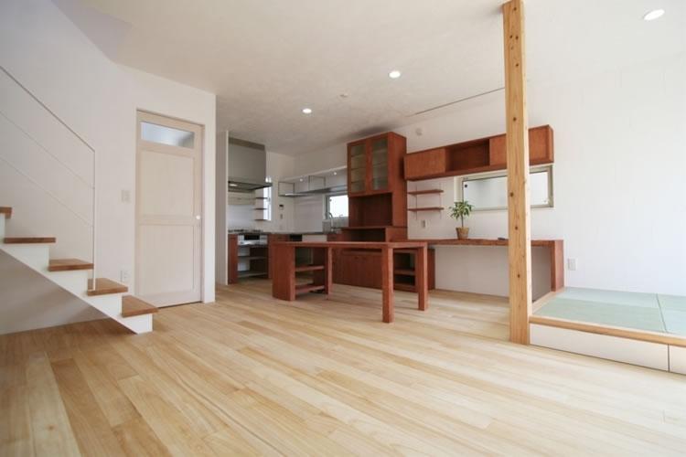 ミックススタイル 上青木の家 (リビングダイニング)