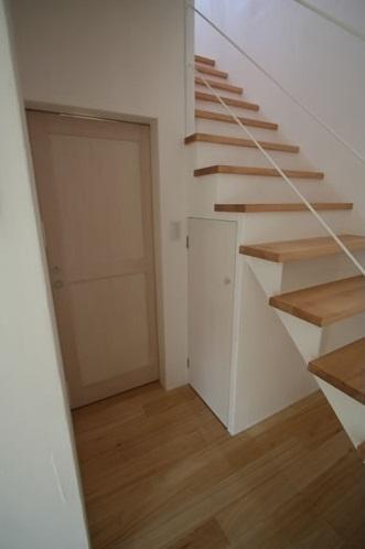 ミックススタイル 上青木の家の部屋 階段(下部)