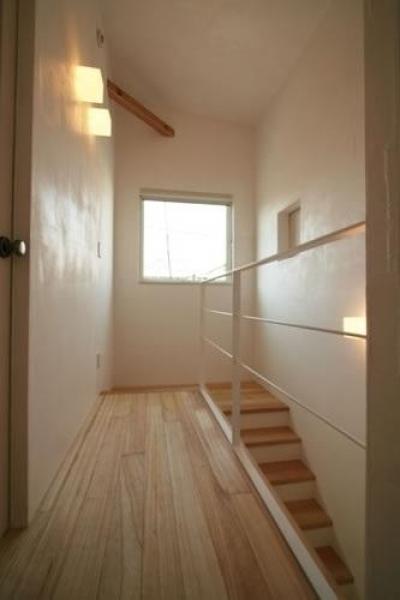 階段(上部) (ミックススタイル 上青木の家)