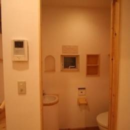 虹のある家 (トイレ)