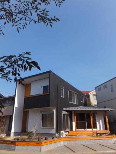 外観1 (変形敷地に建つ陽がサンサン降りそそぐ家 埼玉県飯能市・O邸)