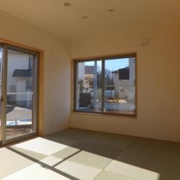台形の変形敷地に建つ30坪の家 (和室)
