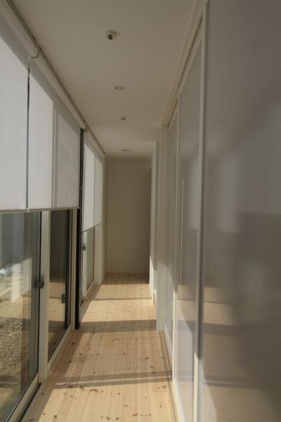 寝室前の廊下 (仙台 SOHOの家 OUCHI-18)
