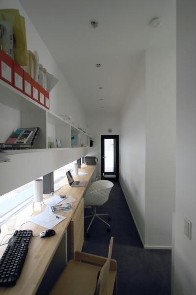 仕事部屋 (仙台 SOHOの家 OUCHI-18)
