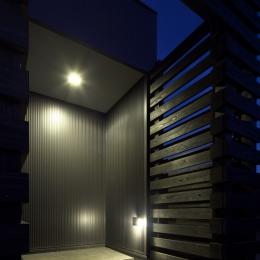 筑後の家 (玄関1)