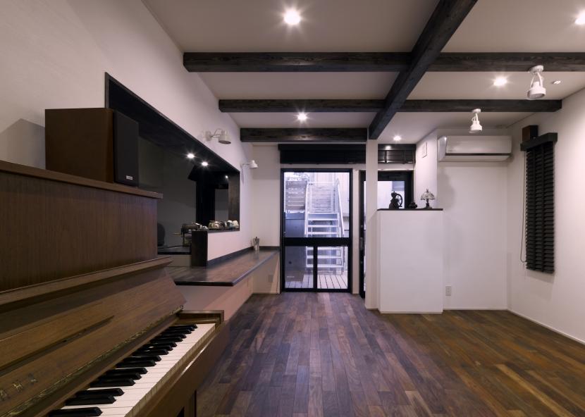 大橋の家の部屋 カフェ1
