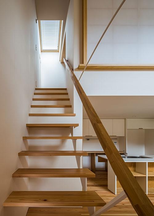 上高野の家の写真 階段(撮影:松村芳治)