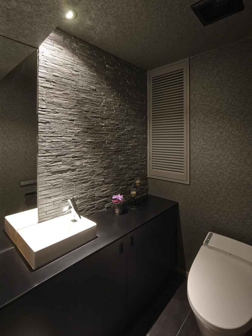 趣味を飾る家の部屋 トイレ
