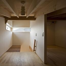 桂の家 (ロフト(撮影:松村芳治))