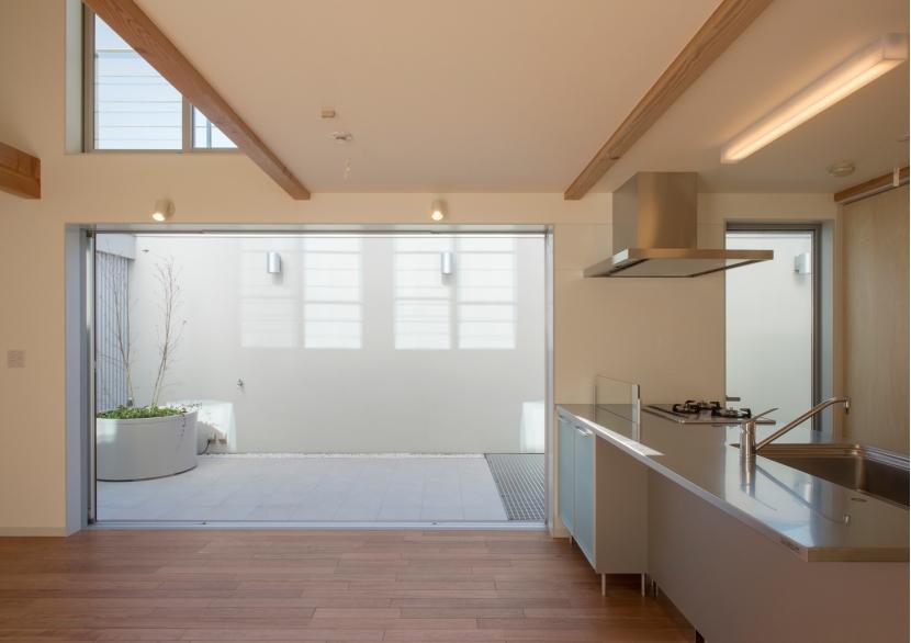 建築家:飯沼 竹一「真間の家」