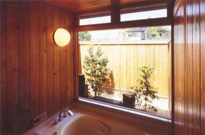 浴室 (本庄の家)