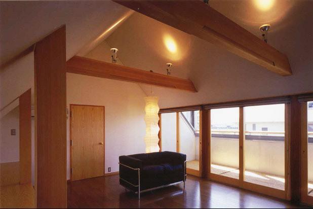本庄の家の部屋 2階寝室