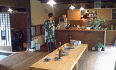 茶の間・キッチン|長柄の家