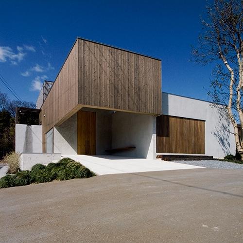 中庭と水盤のある家|BREATHの写真 中庭と水盤のある家|穏やかな時がながれる平屋の空間