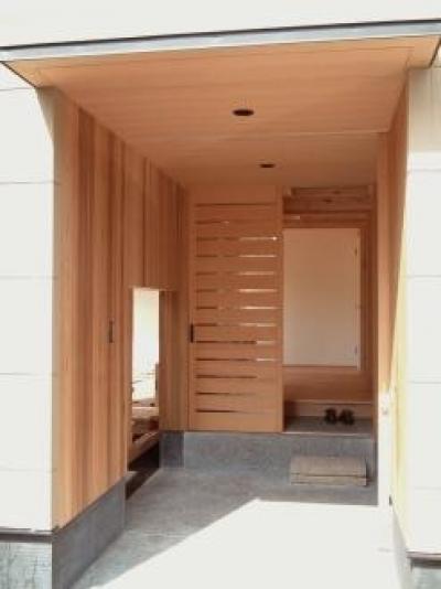 玄関ポーチ (杉並の家)