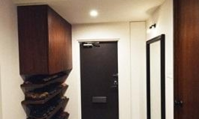 リビングに集う家族の空間 (玄関)