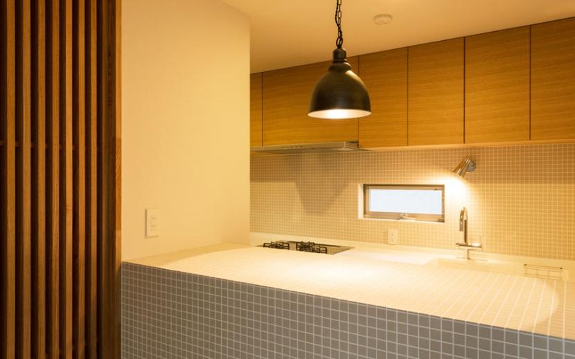 オリジナルキッチンがこだわり 阿佐ヶ谷北 A区間の部屋 タイルが素敵なキッチン周り