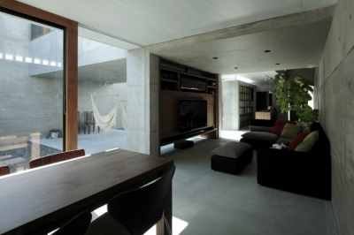 静岡の家 (リビングダイニング)