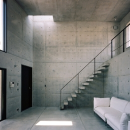 対の家 (広間1)