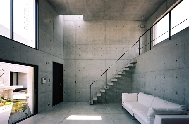 対の家の部屋 広間1