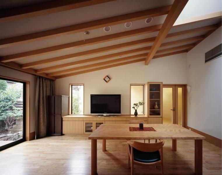 平屋 和風モダンの家  築60年の一部を残した住宅の建て替え