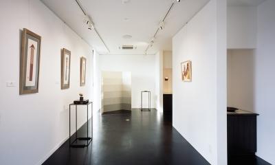 ギャラリー/壁:紙クロスにペンキ塗り 床:コルクタイル|和雑貨ショップ+手仕事ギャラリー  築35年の耐震補強・全面改修