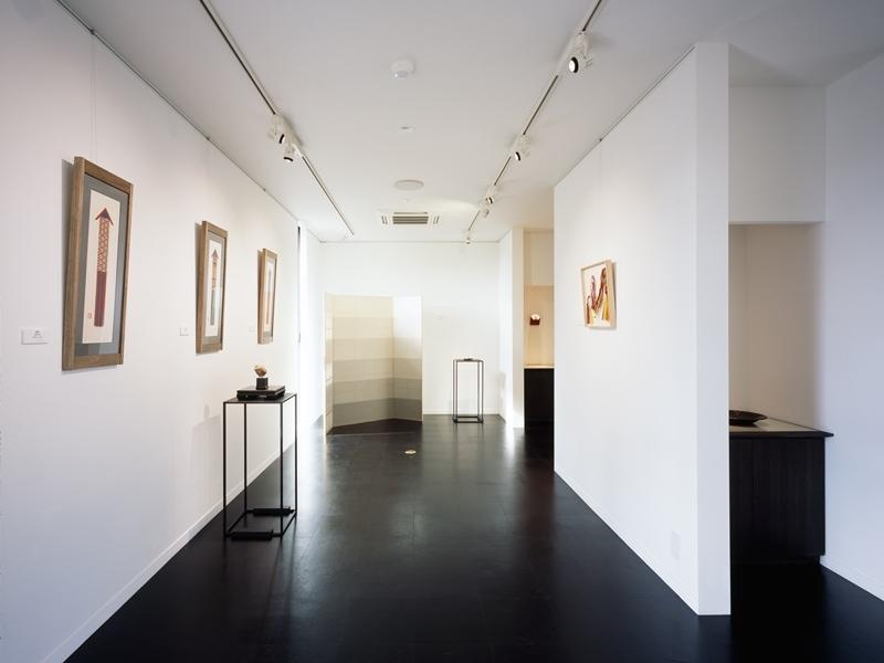 和雑貨ショップ+手仕事ギャラリー  築35年の耐震補強・全面改修の写真 ギャラリー/壁:紙クロスにペンキ塗り 床:コルクタイル