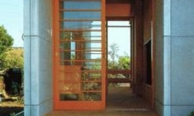 亀井野の家 (玄関)