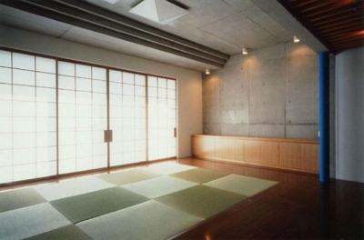 小畑邸 (居間 2)
