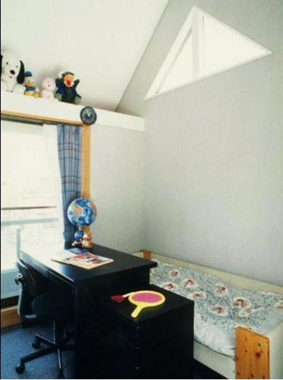2階子供室 (二人静)