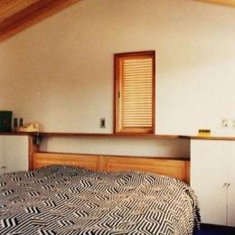 銀の山荘 (寝室)