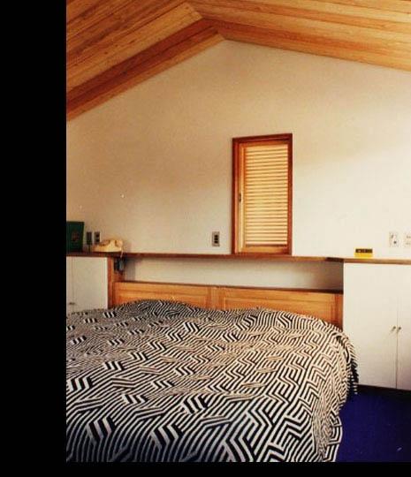 銀の山荘の部屋 寝室
