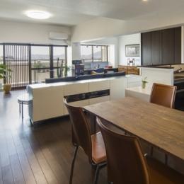 要望を叶えた大空間には収納もたっぷり。ホテルライクに暮らせる、洗練のデザイン空間