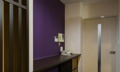 大好きなアジアンテイストを、ぎゅっと集めた素敵な住まい (廊下)