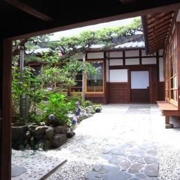 押熊の家 (庭)